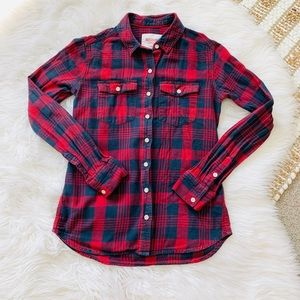 Mossimo red and navy plaid button down top